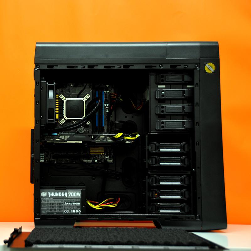 Build Log (Intel Ultimate Custom Gaming PC in Thermaltake ...  Build Log (Inte...