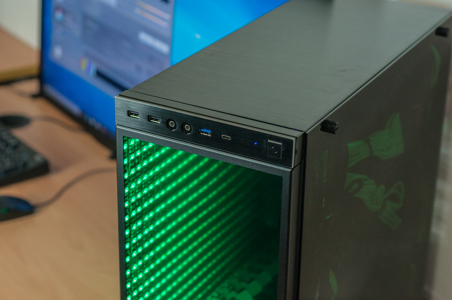 Valkyrie Custom Gaming Pc In In Win 805c Infinity Rgb
